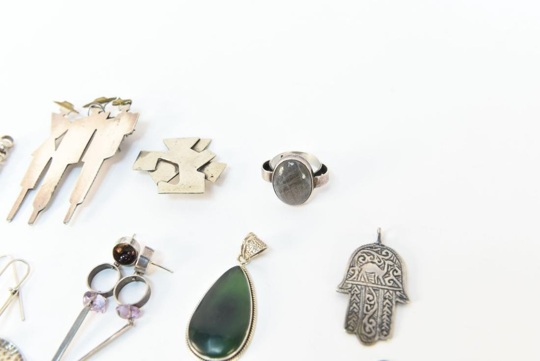 GROUPING OF STERLING SILVER JEWELRY - 6