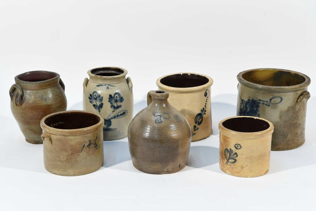 GROUPING OF AMERICAN STONEWARE CROCKS ETC