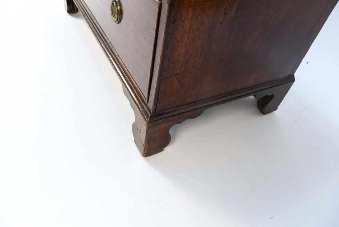 FOUR DRAWER CHEST - 11