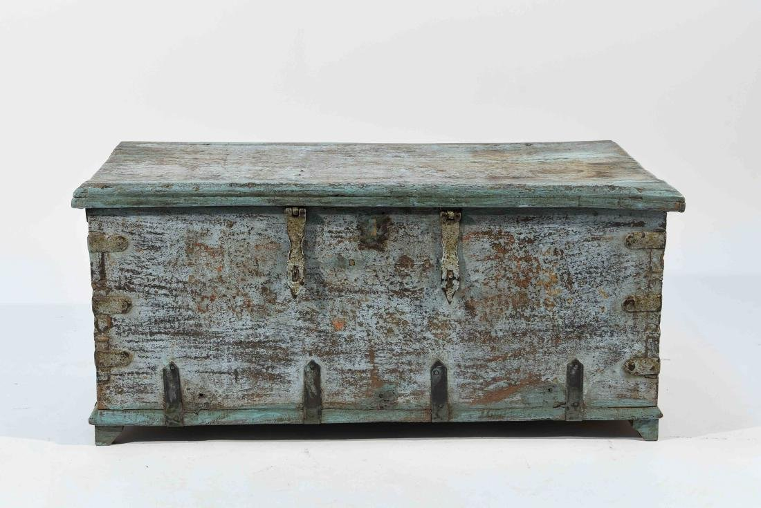 ANTIQUE PAINTED DISTRESSED CHEST