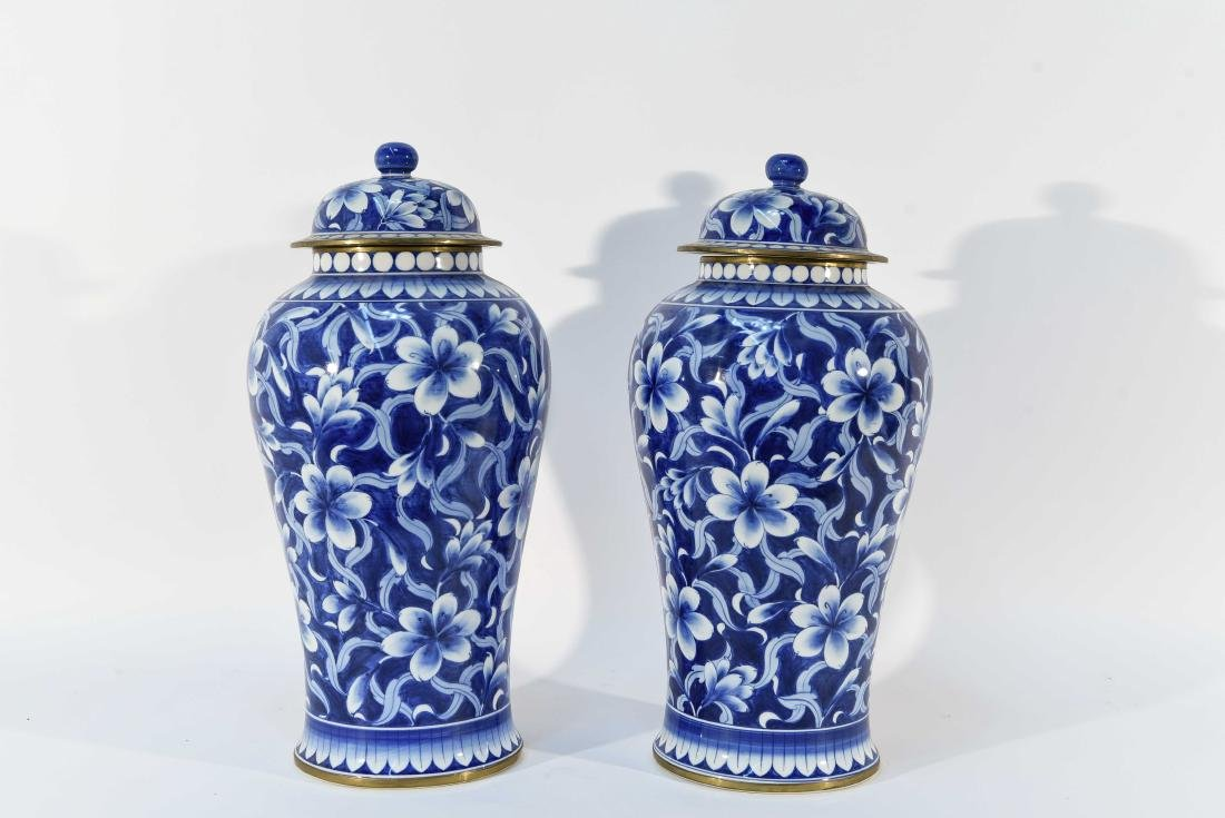PAIR OF CHINESE BLUE & WHITE PORCELAIN COVER URNS