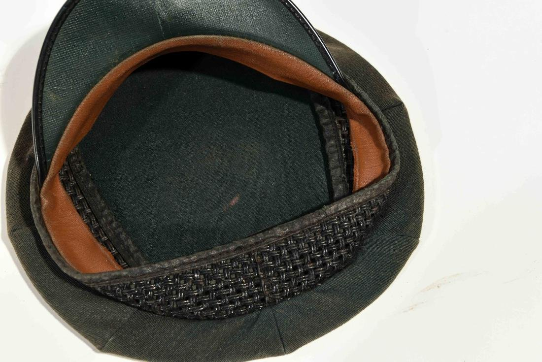 VINTAGE YELLOW CAB DRIVER HAT - 4