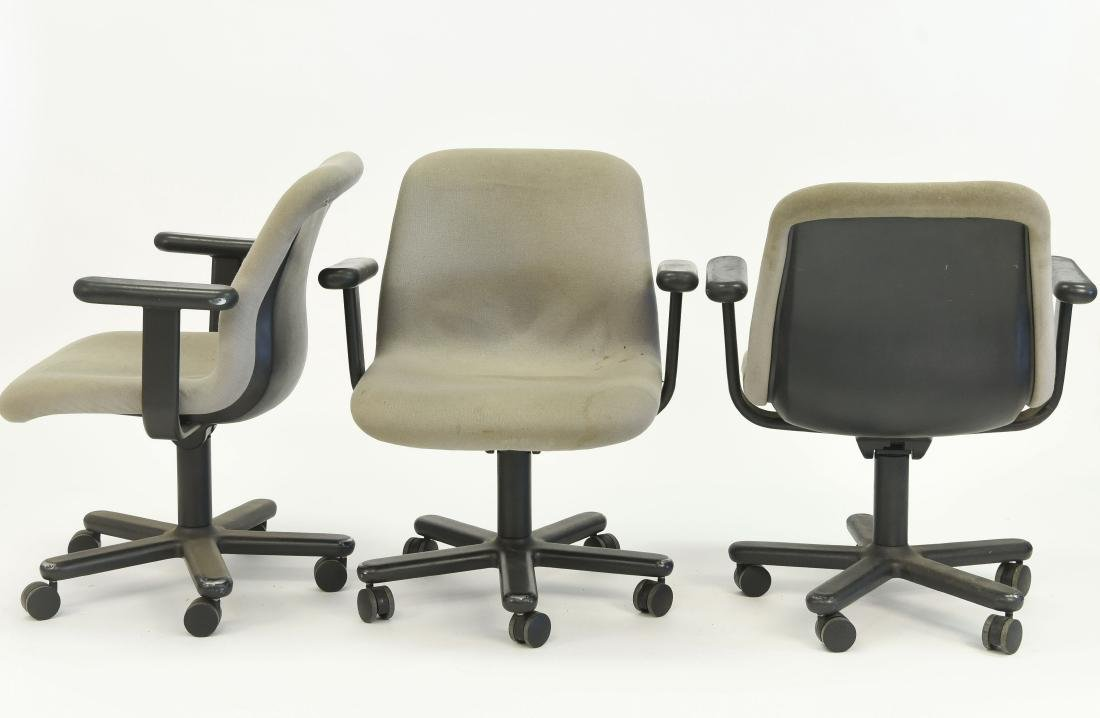 (3) NIELS DIFFRIENT FOR KNOLL EXECUTIVE CHAIRS