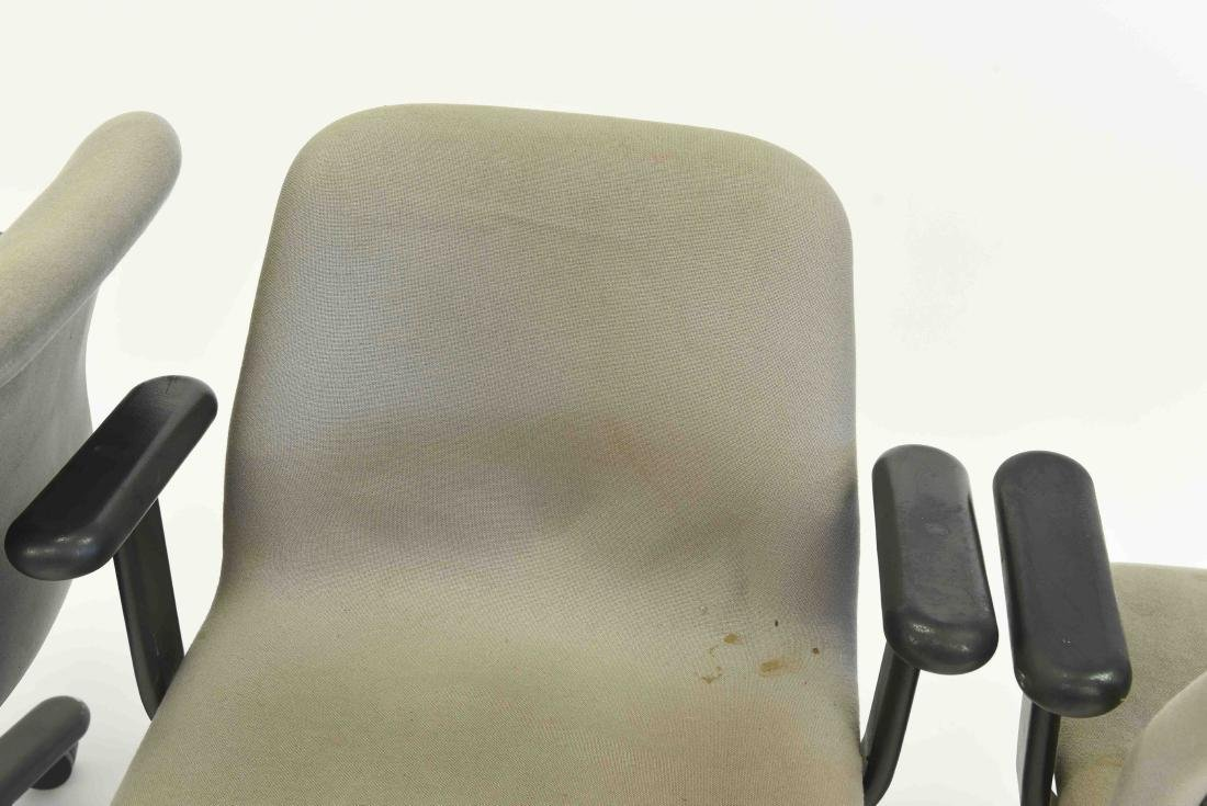 (3) NIELS DIFFRIENT FOR KNOLL EXECUTIVE CHAIRS - 3