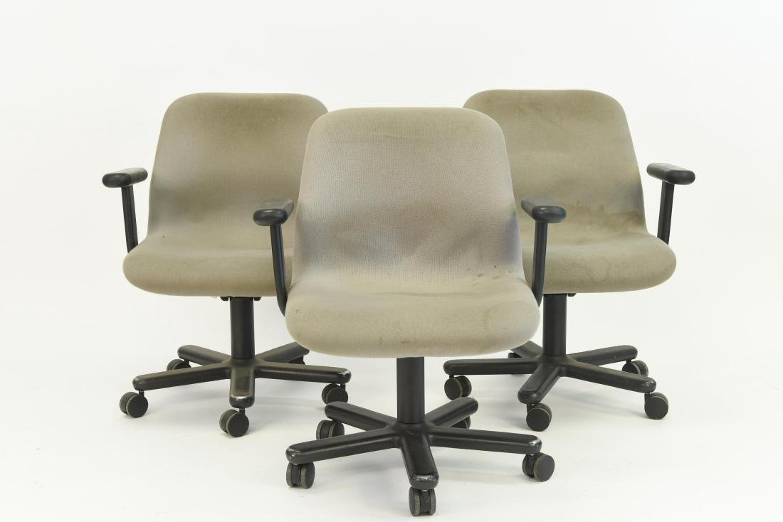 (3) NIELS DIFFRIENT FOR KNOLL EXECUTIVE CHAIRS - 5