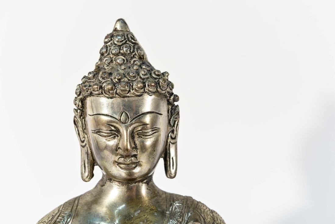 SEATED BRASS BUDDHA SCULPTURE - 2