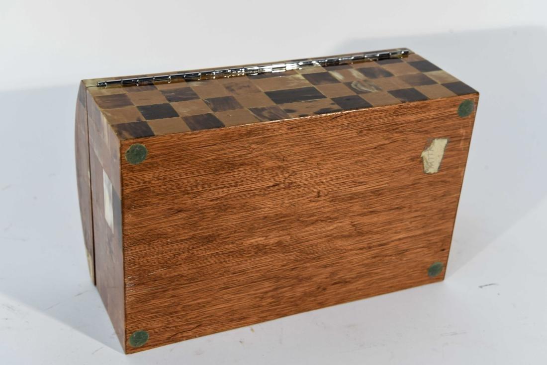 SMALL TESSELATED BOX - 6
