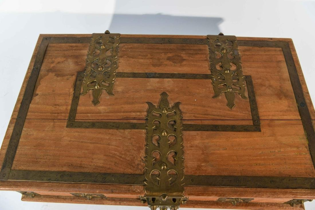 SMALL WOOD AND BRASS BOX - 3