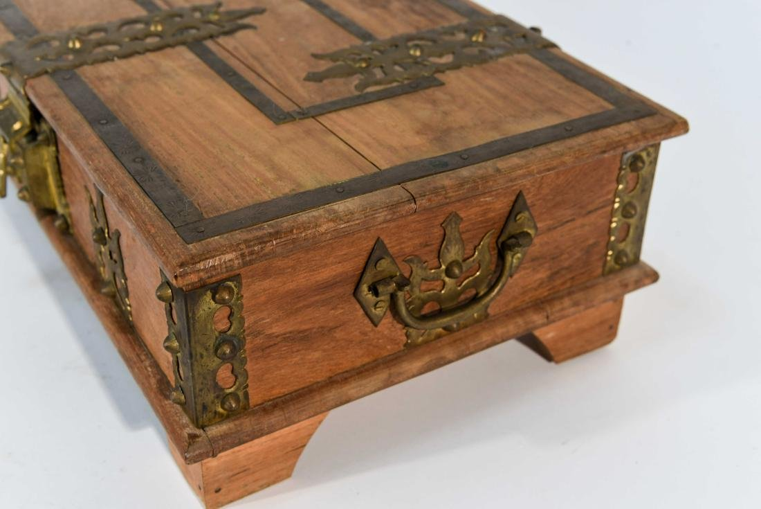 SMALL WOOD AND BRASS BOX - 5