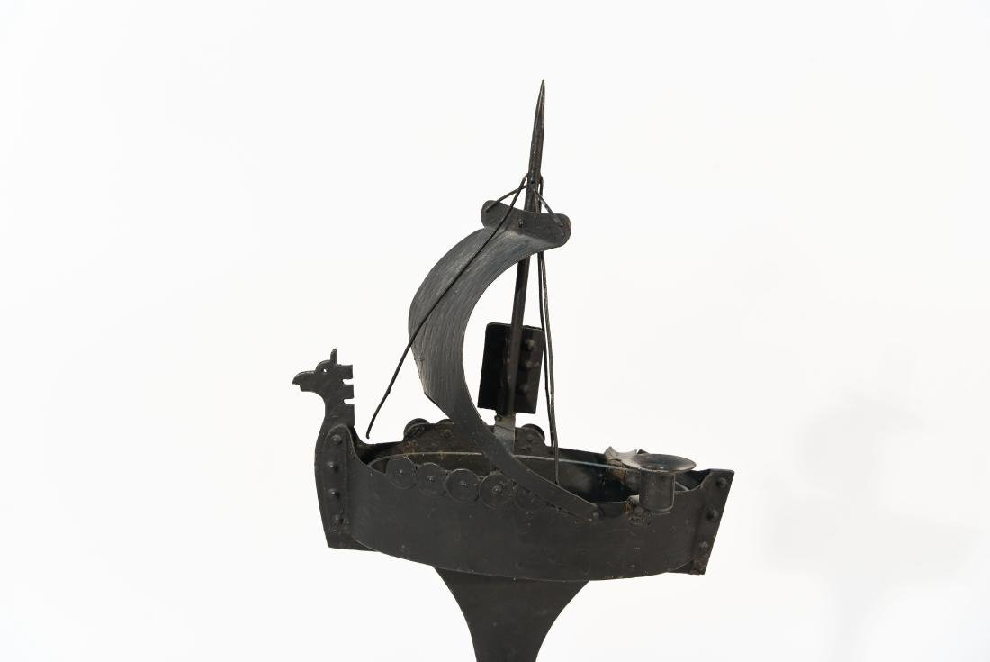 VIKING SHIP SMOKING STAND - 2