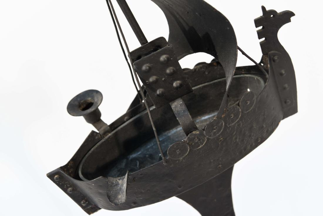 VIKING SHIP SMOKING STAND - 9