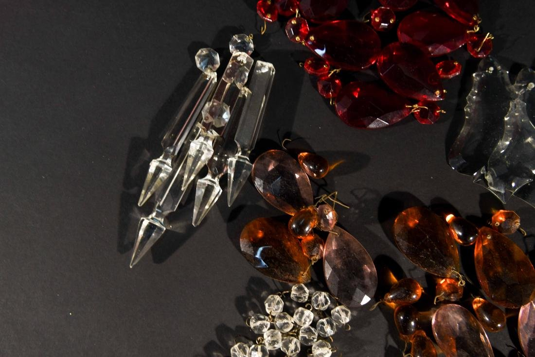 CHANDELIER PARTS CRYSTALS & BEADS GROUPING - 10