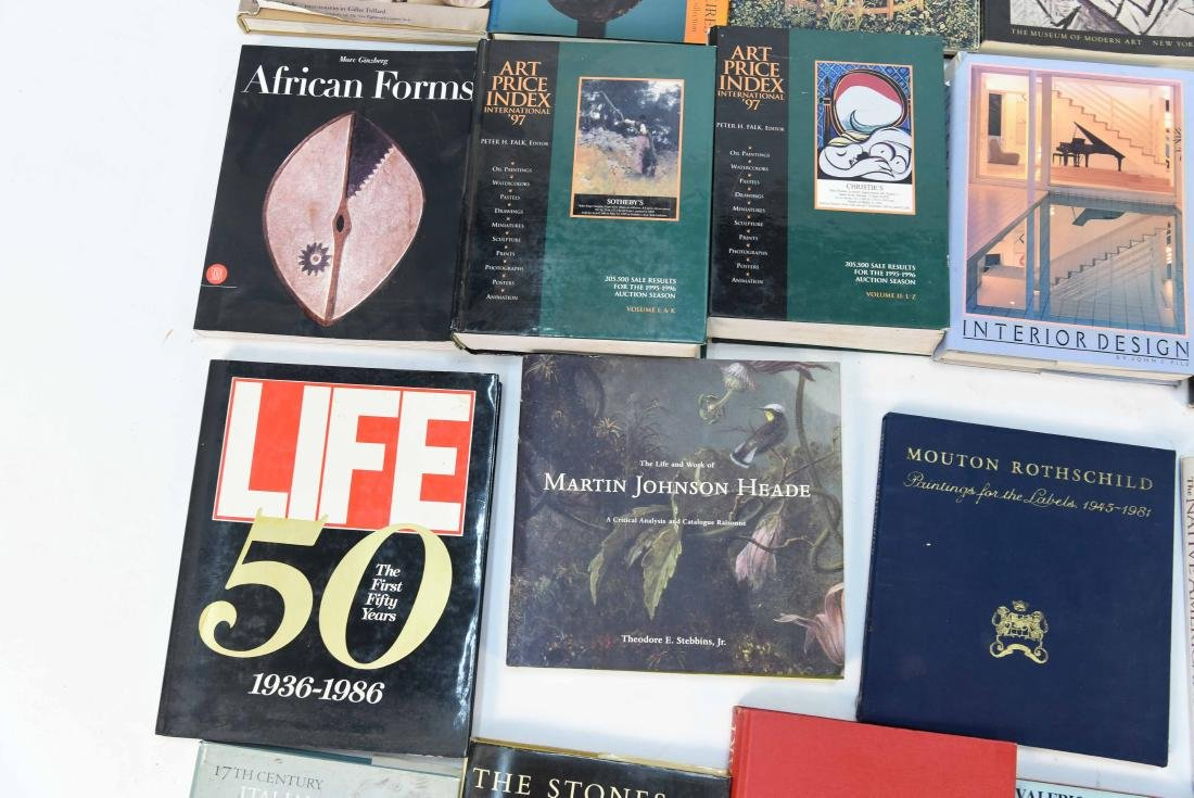 GROUPING OF CONTEMPORARY ART BOOKS - 5