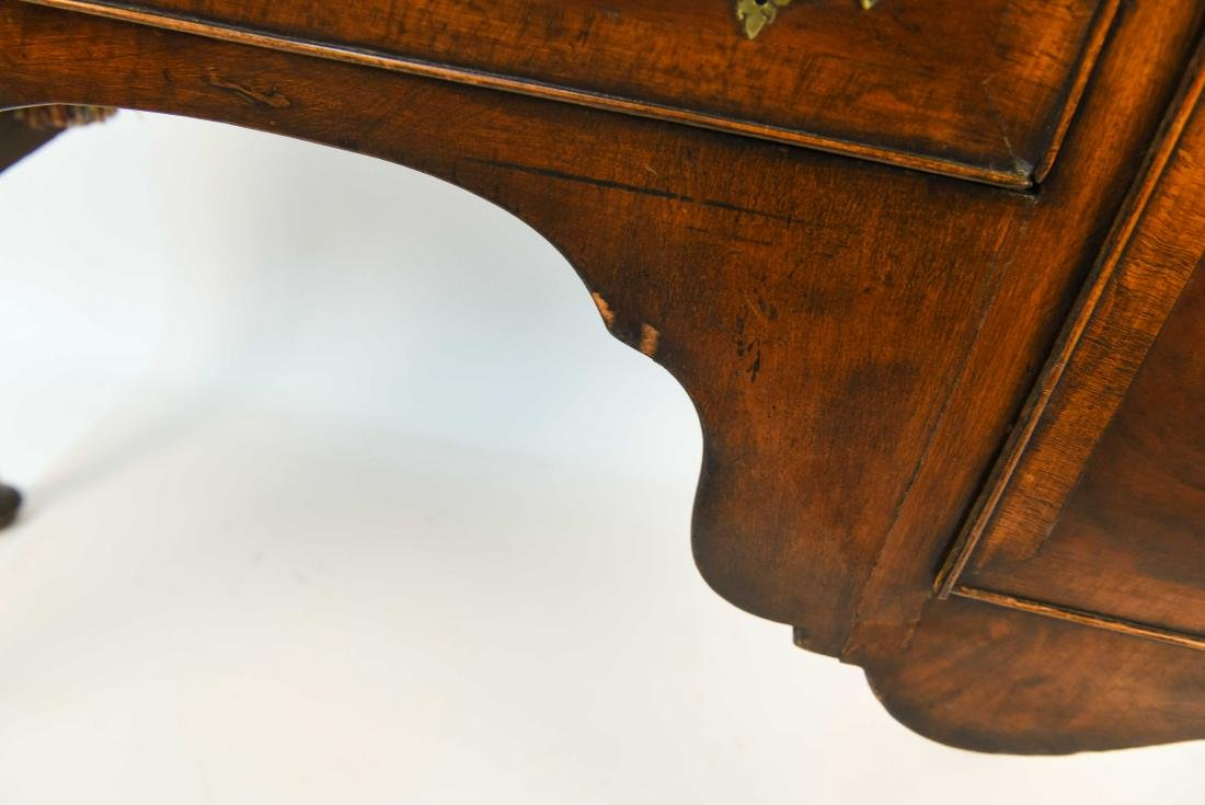 18TH C. DRESSING TABLE - 3