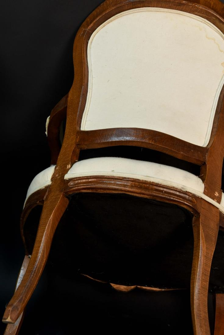 PAIR OF FRENCH CHAIRS - 8
