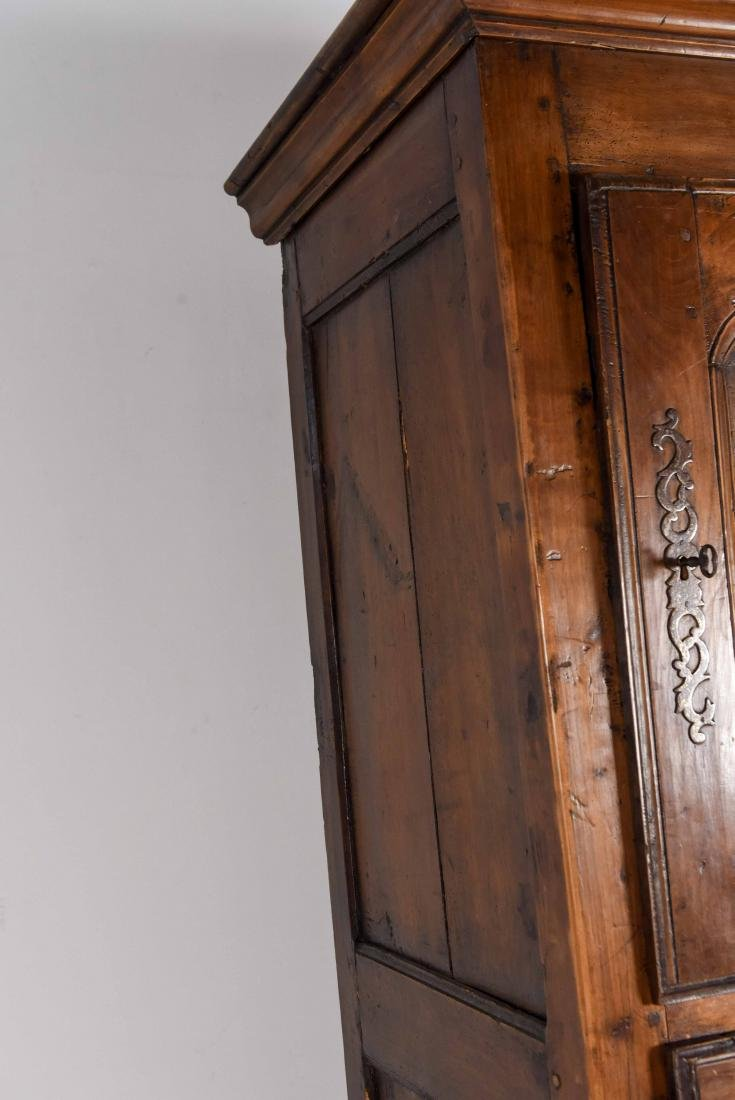 SMALL FRENCH ARMOIRE / CABINET - 6