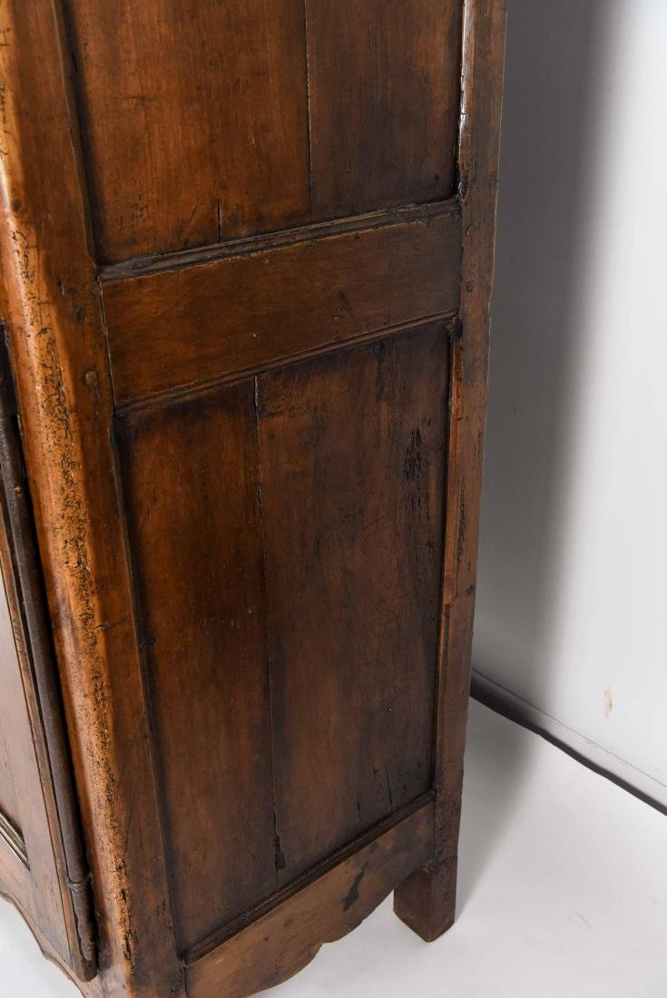 SMALL FRENCH ARMOIRE / CABINET - 7