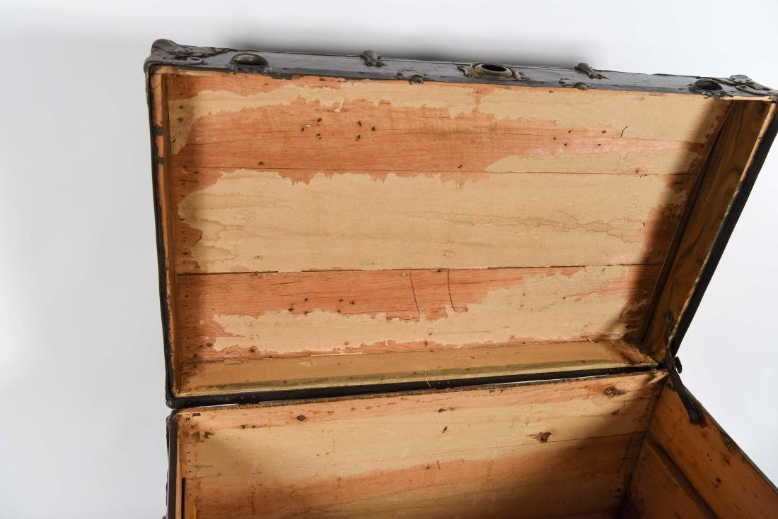 LARGE CHEST TRUNK - 8