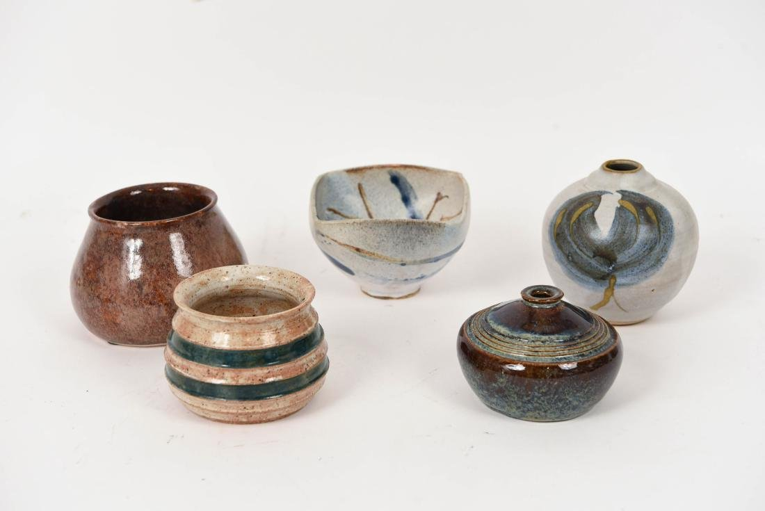 GROUPING OF 1990'S STUDIO POTTERY