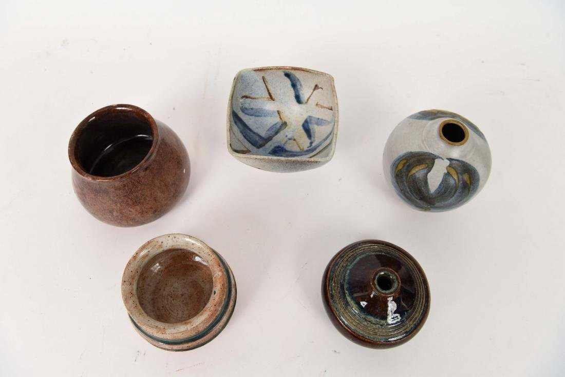 GROUPING OF 1990'S STUDIO POTTERY - 7