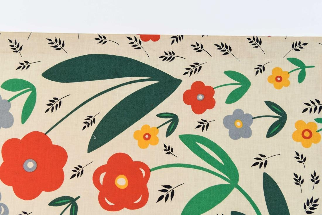 20TH C. FLOWERS AND BIRDS TEXTLE - 5