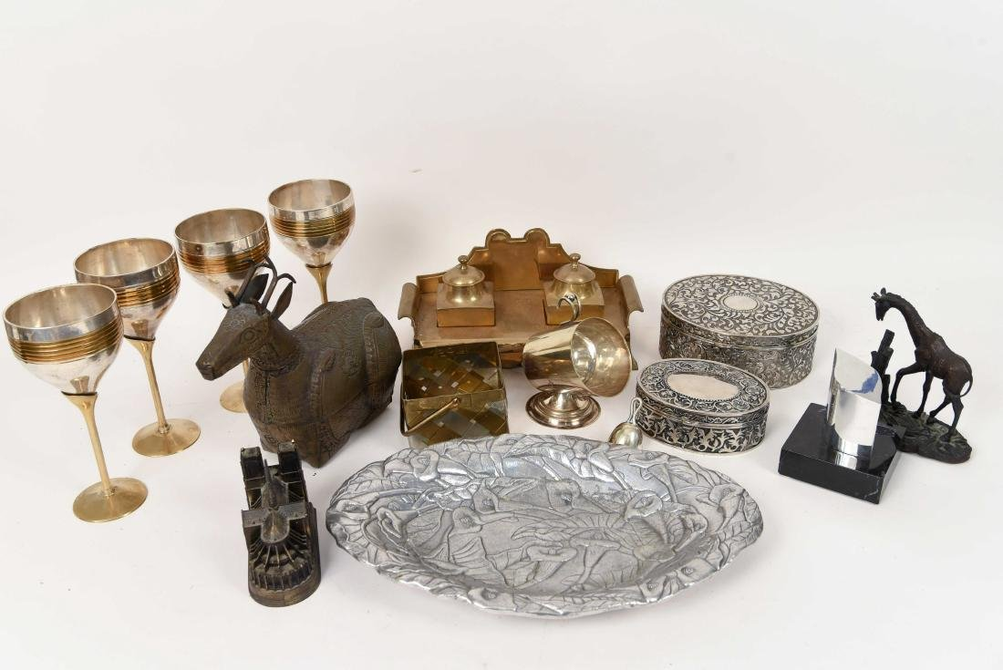 GROUPING OF METALWARE INCL. BRASS