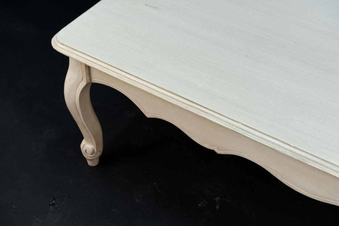 WHITE PAINTED FRENCH STYLE WOODEN COFFEE TABLE - 3