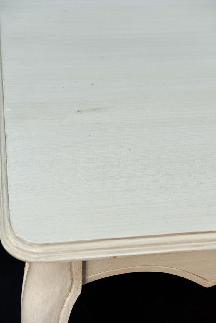 WHITE PAINTED FRENCH STYLE WOODEN COFFEE TABLE - 9