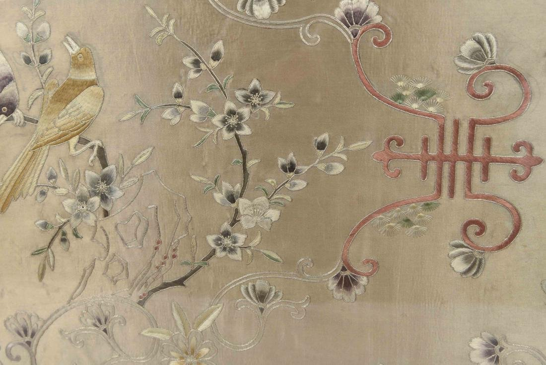 EARLY 20TH C. CHINESE SILK EMBROIDERY - 8