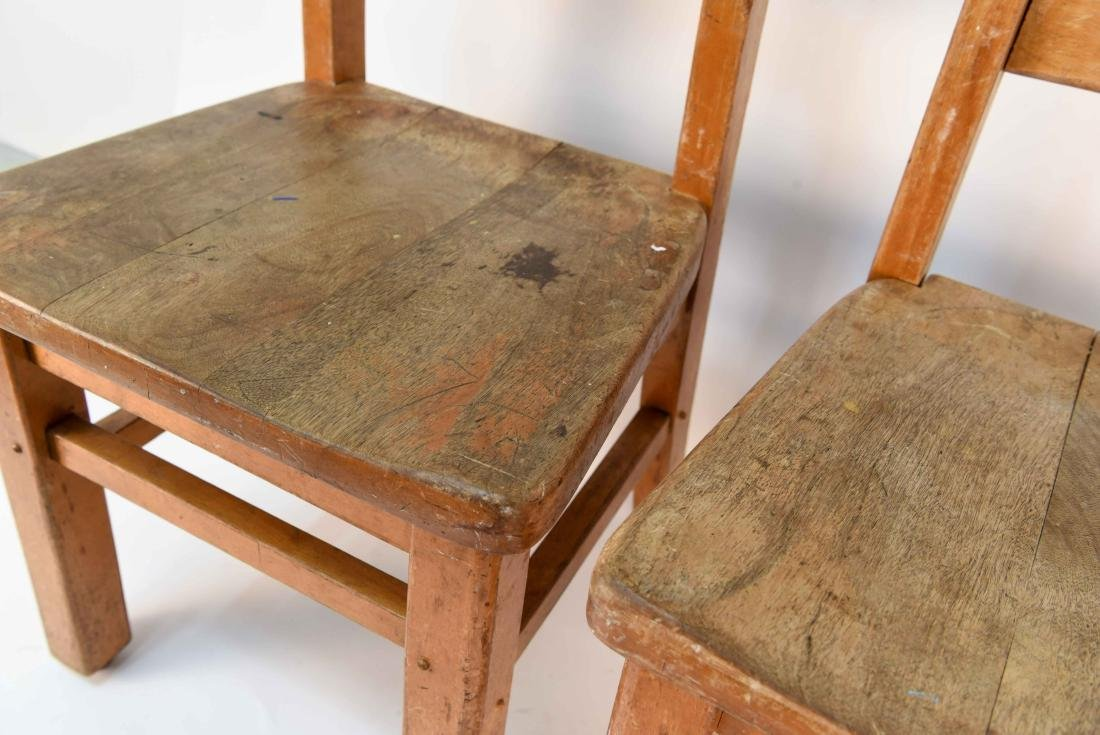 (4) CHILDS CHAIRS - 5