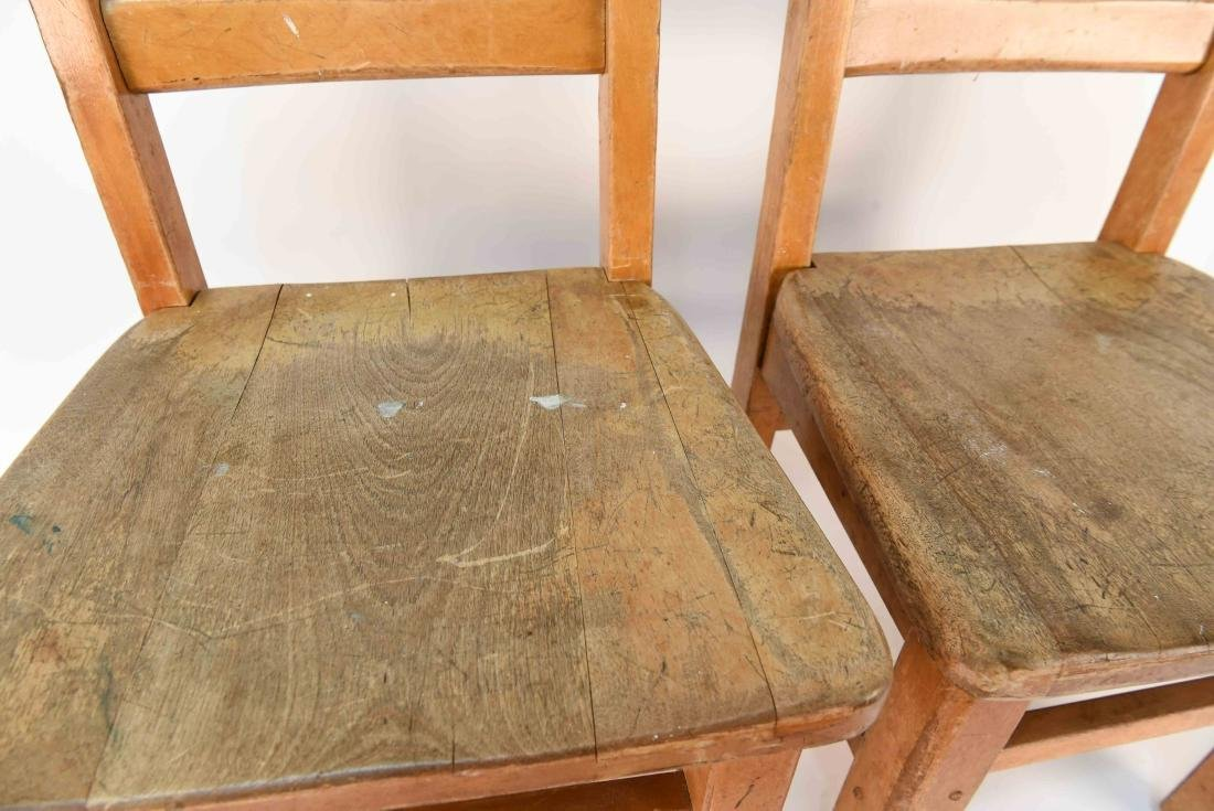 (4) CHILDS CHAIRS - 9