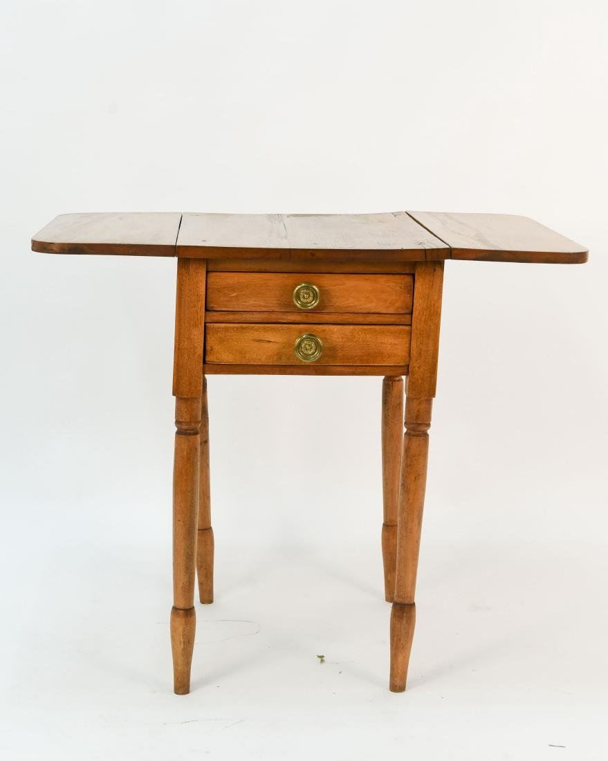 ANTIQUE WOODEN DROP SIDE TABLE
