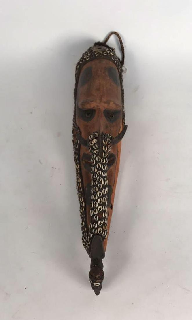 PAPUA NEW GUINEA CARVED WOODEN HEAD