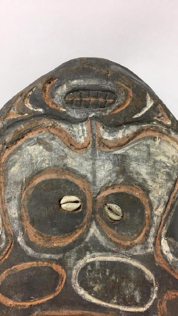 PAPUA NEW GUINEA SCULPTURE - 4