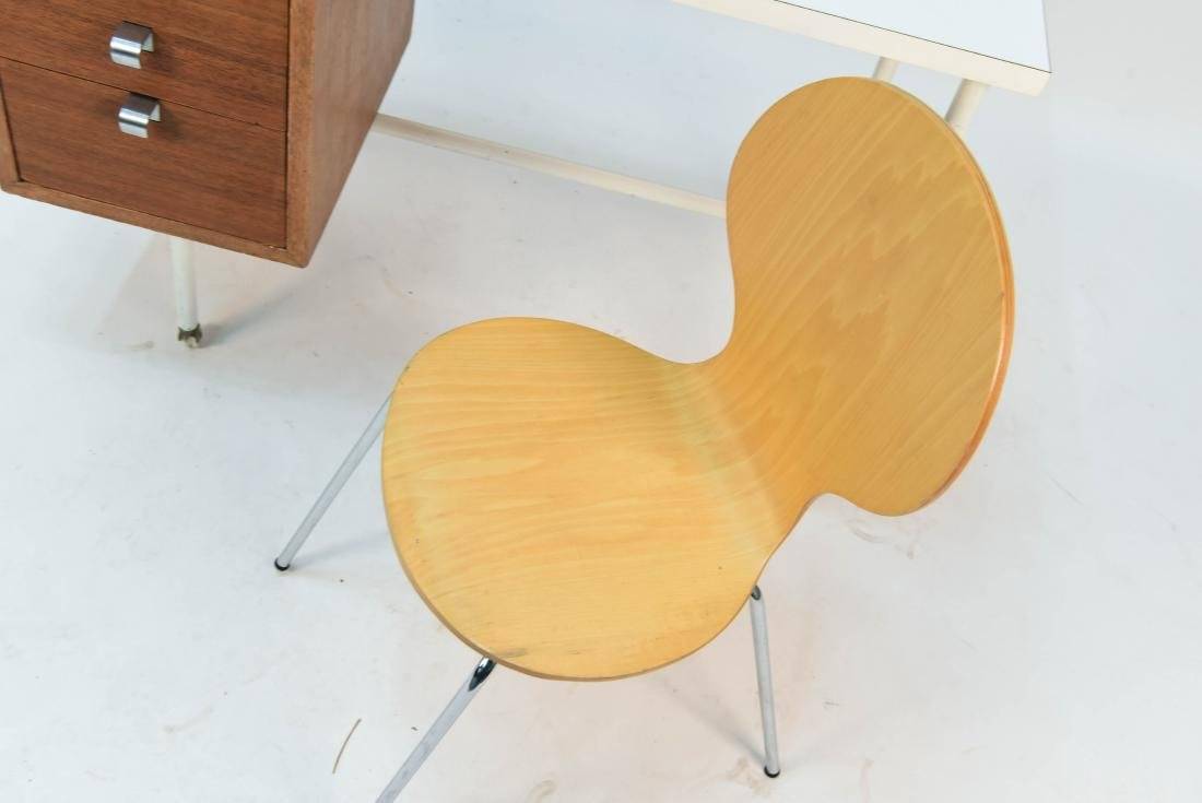 GEORGE NELSON CHILDS DESK & CHAIR - 4