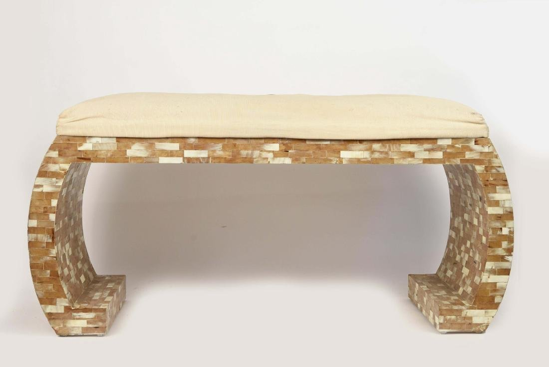 TESSELLATED SPRINGER STYLE BENCH