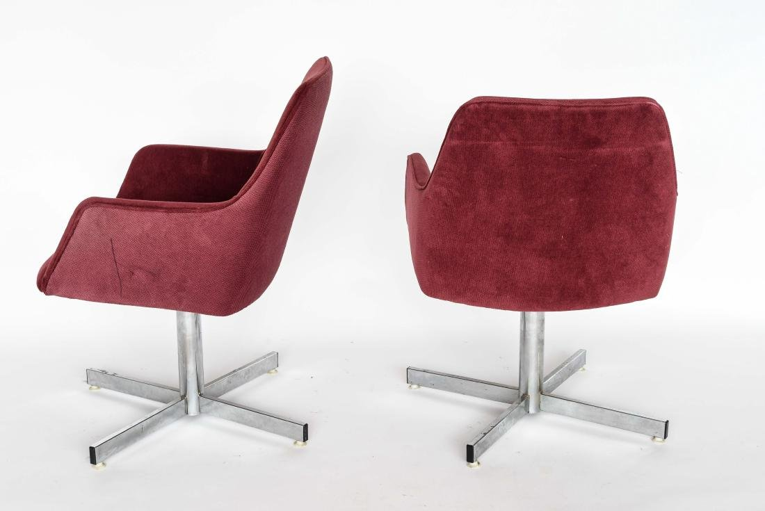 PAIR OF MID-CENTURY UPHOLSTERED CHAIRS - 7