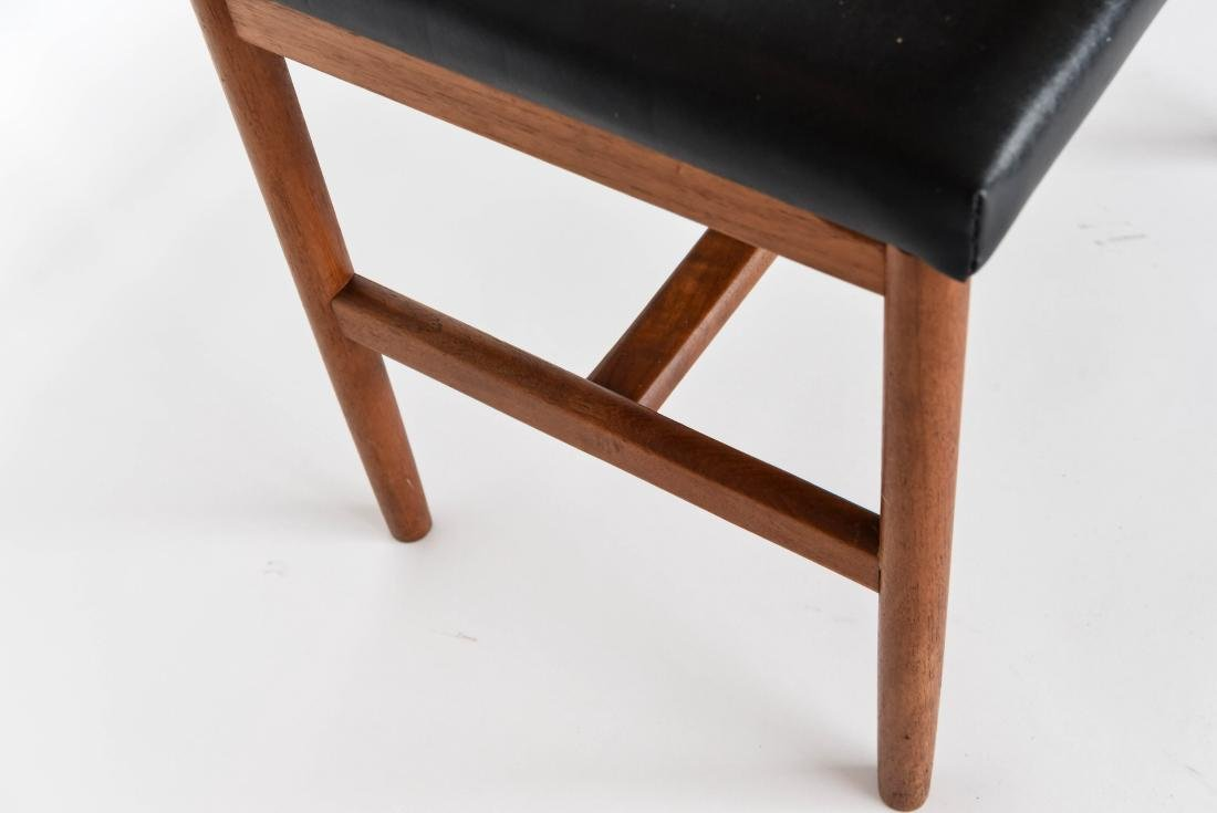 DANISH LEATHER AND TEAK BENCH OR OTTOMAN - 4
