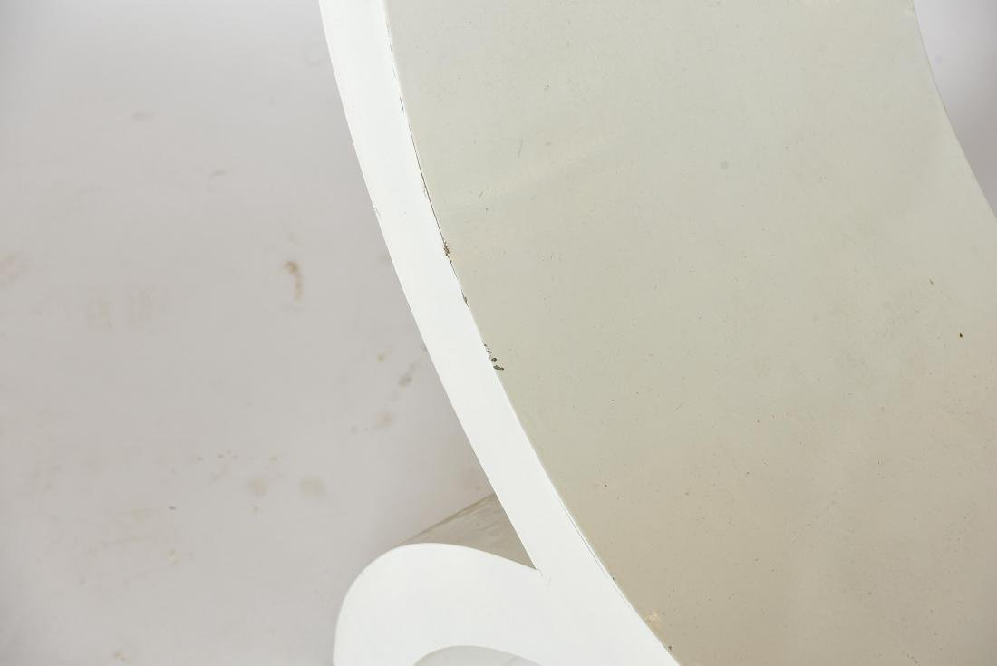 WHITE PAINTED WOODEN SCULPTURAL BENCH - 2
