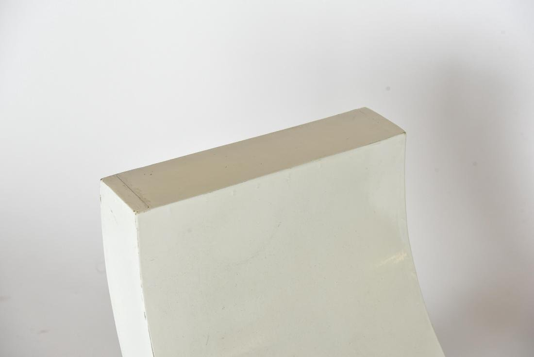 WHITE PAINTED WOODEN SCULPTURAL BENCH - 3