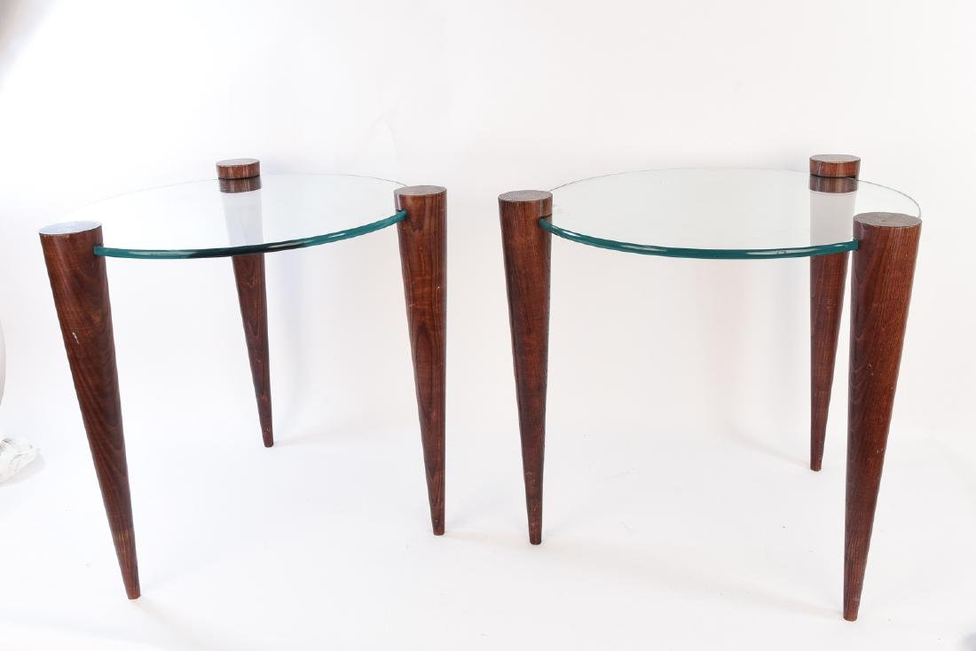 PAIR OF MID-CENTURY TAPERED LEG GLASS SIDE TABLES