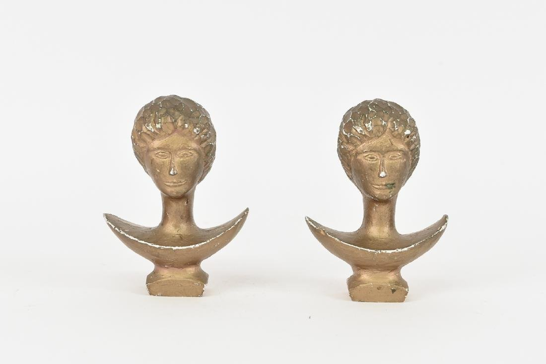 PAIR OF FIGURAL BUST CURTAIN TIEBACKS