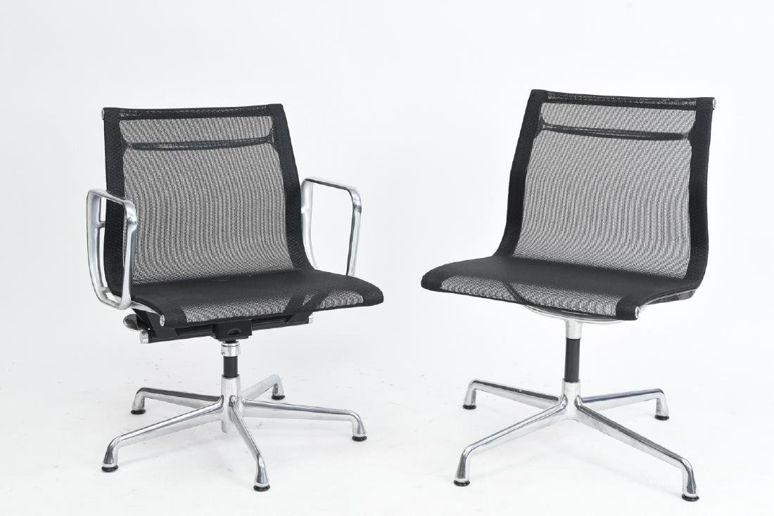 (2) EAMES ALUMINUM GROUP MANAGEMENT CHAIRS