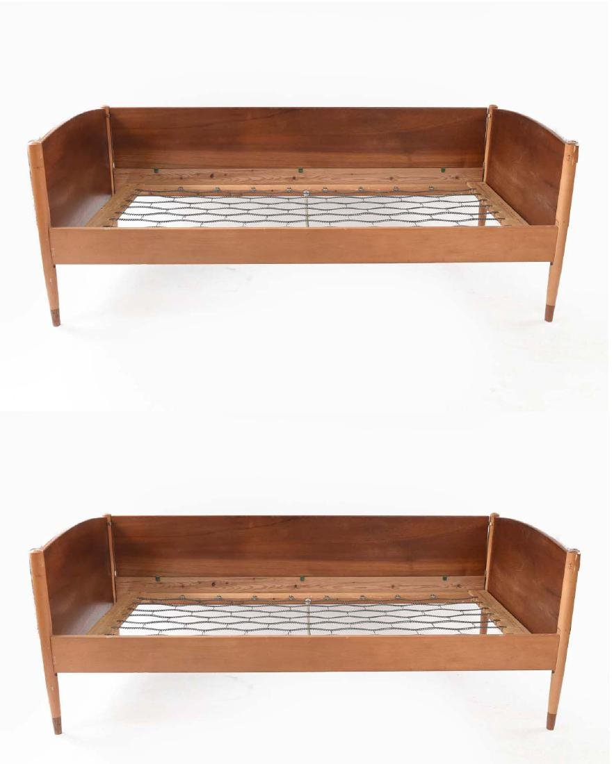 PAIR OF TEAK AND BEECH DAYBEDS BY BORGE MOGENSEN
