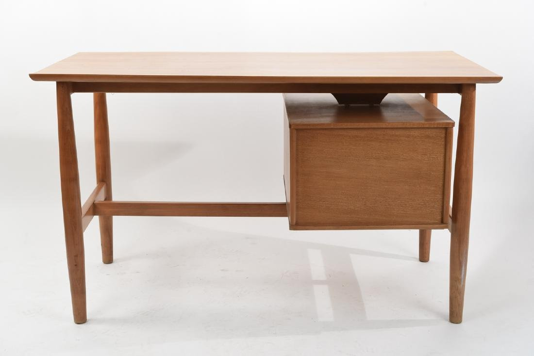 MILO BAUGHMAN FOR DREXEL BLOND WOOD DESK - 10