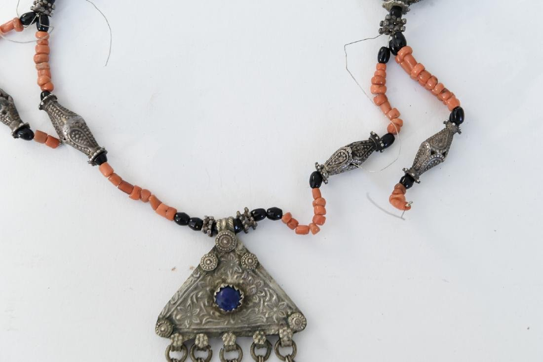 CORAL AND SILVER NECKLACE - 3