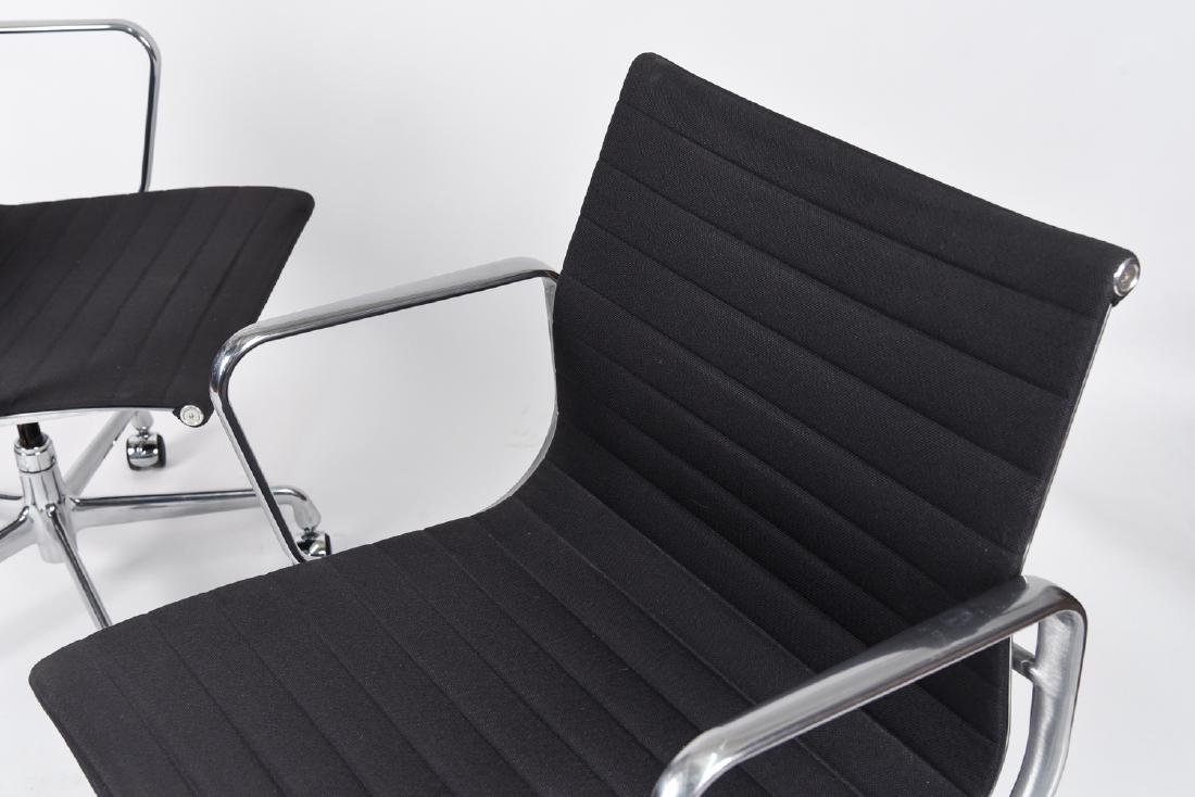(8) EAMES ALUMINUM GROUP MANAGEMENT ARM CHAIRS - 3