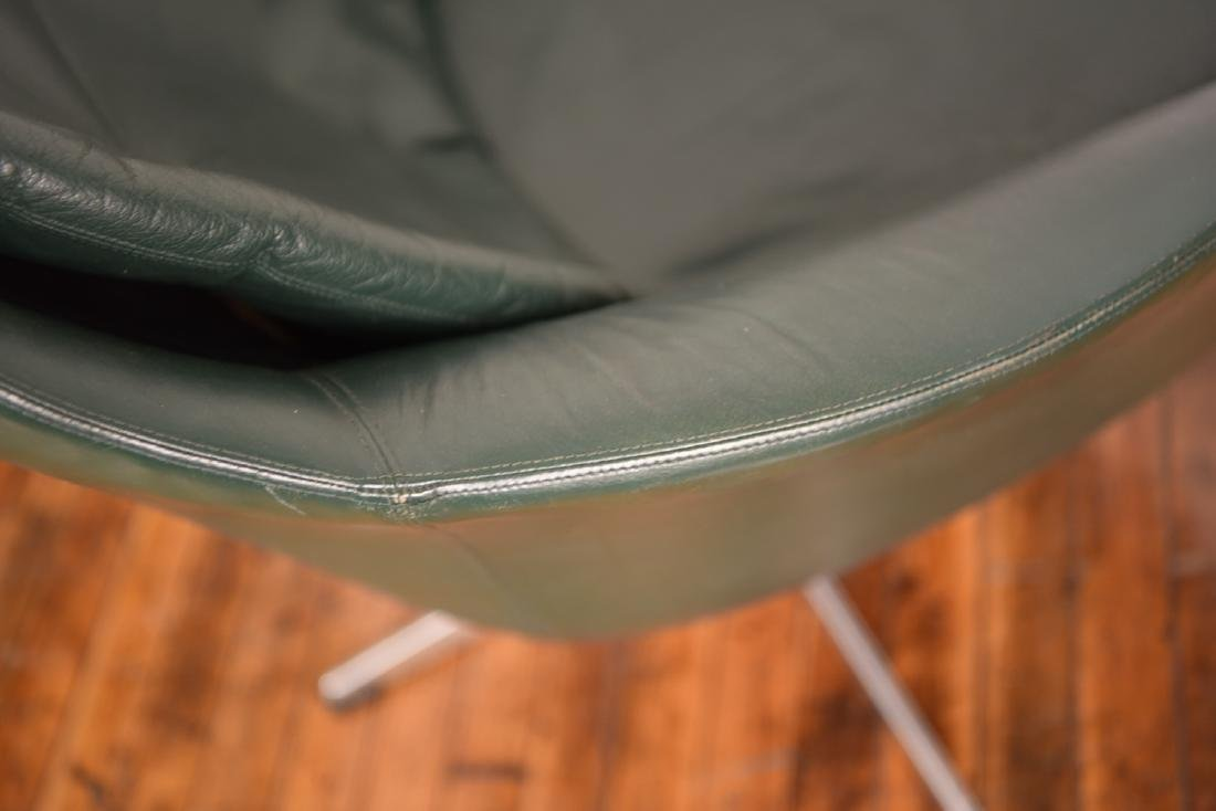 PAIR OF H.W. KLEIN FOR BRAMIN LOUNGE CHAIRS - 9