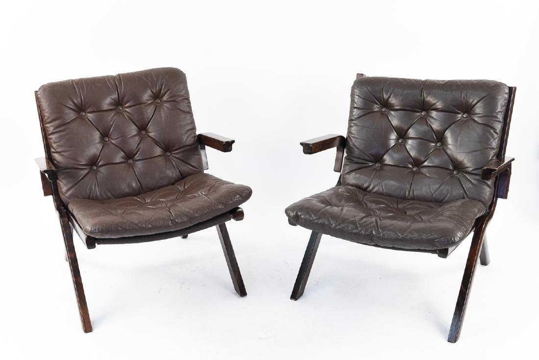 PAIR OF MID-CENTURY LEATHER DANISH EASY CHAIRS