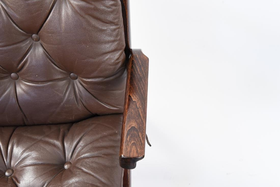 PAIR OF MID-CENTURY LEATHER DANISH EASY CHAIRS - 4